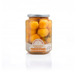 """Apricots with """"limoncina""""..."""