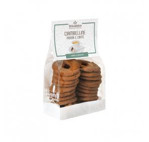 Biscotti con panna e caffè